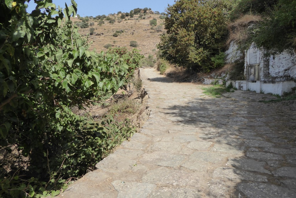 The path to the Lion of Keos